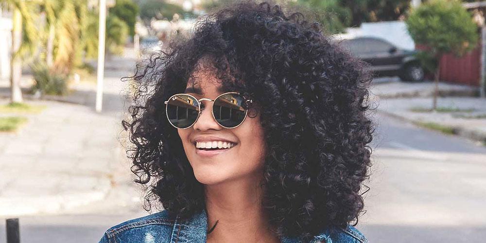Revelando Sorriso: Clareamento Dental
